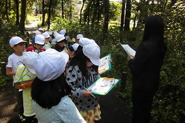 平成29年10月18日(水)さちが丘小学校3年生の児童が授業の中でみなまき探検を行いました